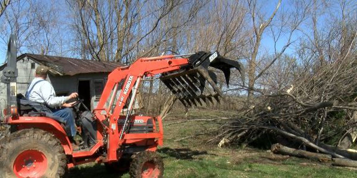 EF2 tornadoes touch down in Saline and Livingston Counties