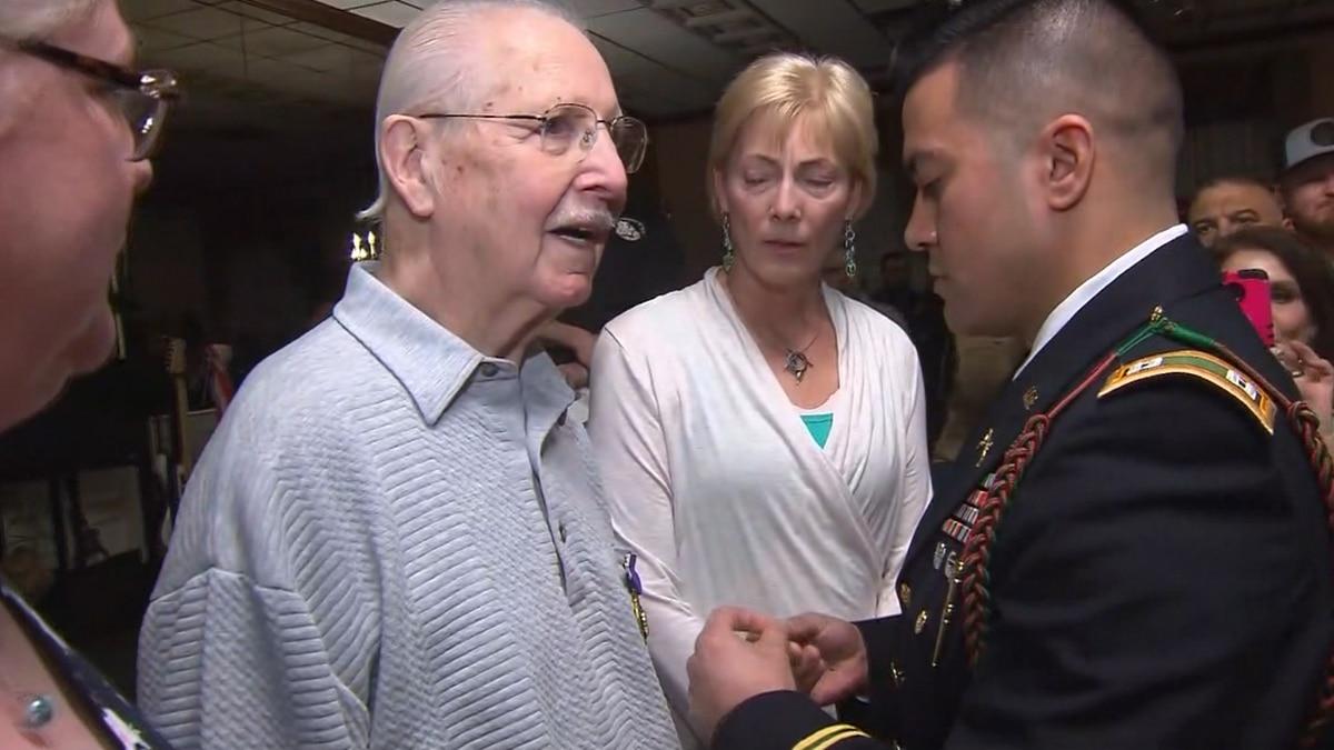 WWII veteran gets Purple Heart after 75 years