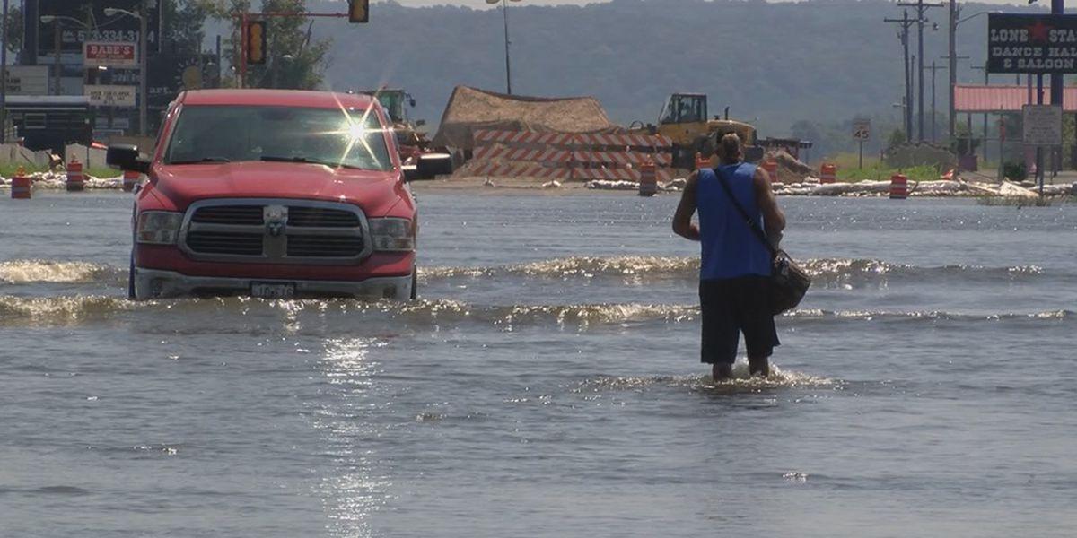 East Cape Girardeau residents still struggle, await remnants of Hurricane Barry