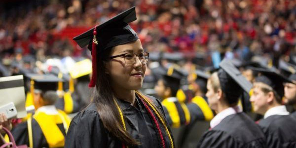 1,370 to receive degrees at Southeast spring commencement