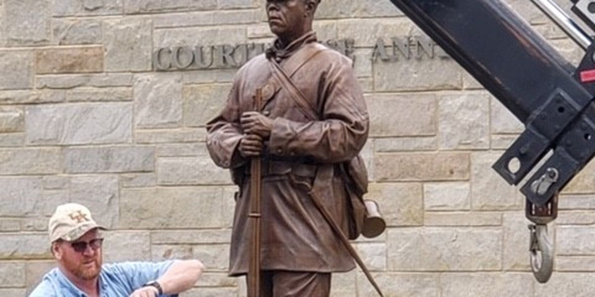 Statue honoring black troops installed in Cape Girardeau, Mo.