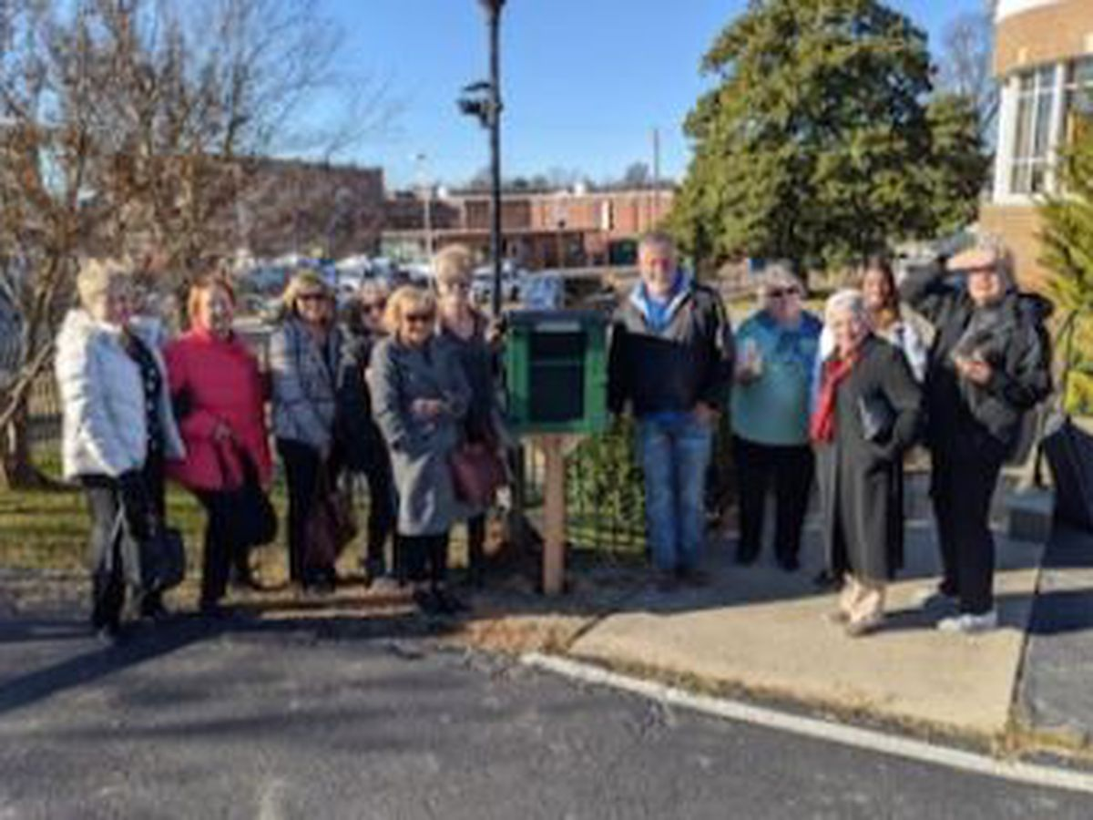 "Organization donates ""Little Free Library"" to Poplar Bluff Municipal Library"
