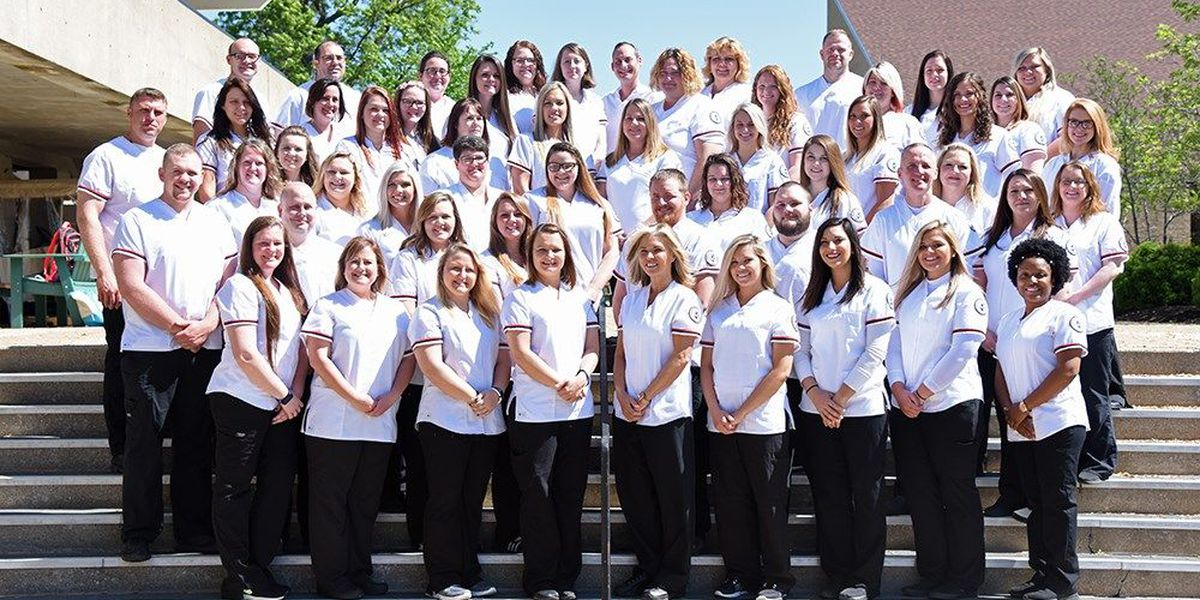 RLC 2018 Associate degree nursing students complete program