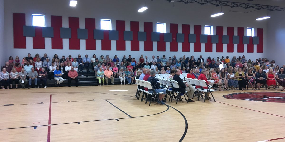 Grand opening held for new Sikeston elementary school
