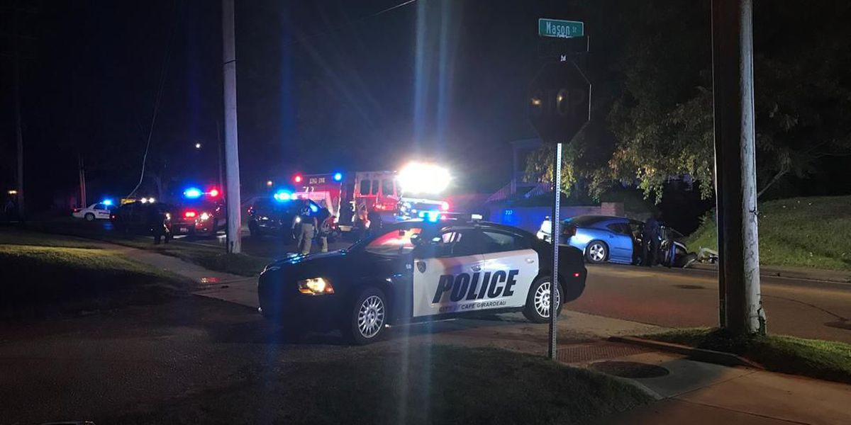 Driver hospitalized after high-speed chase in Cape Girardeau, MO