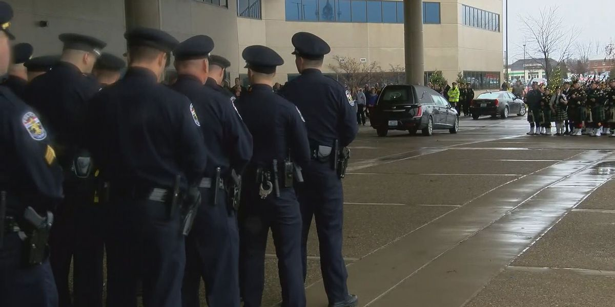 LMPD grieves loss of officer, friend