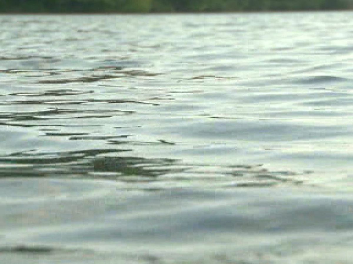 Teen drowns while trying to swim across Meramec River