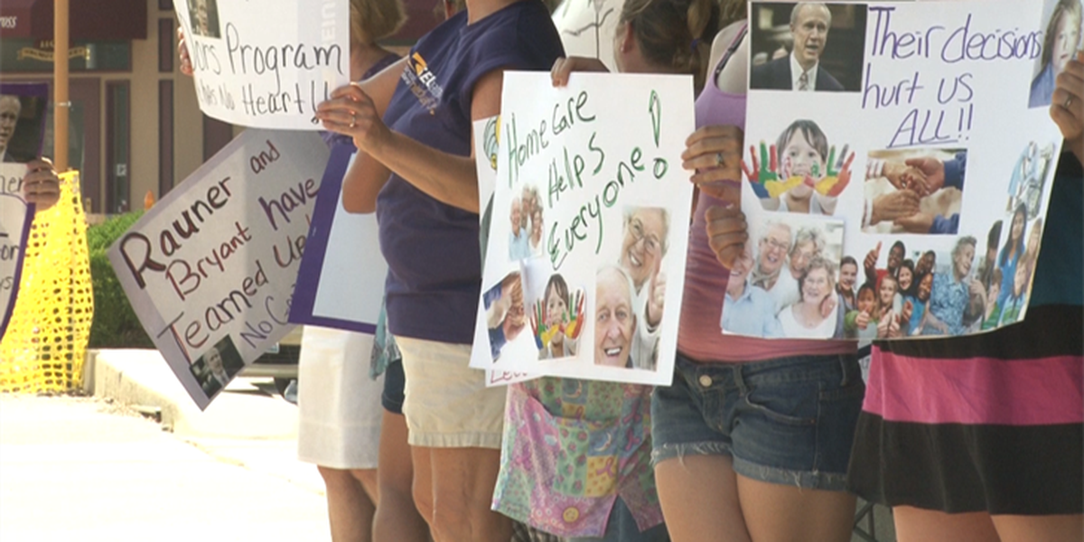 Illinois state home health caregivers protest for additional benefits