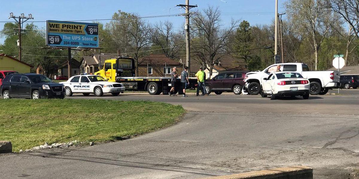 Crash stalls traffic on Kingshighway in Cape Girardeau, MO