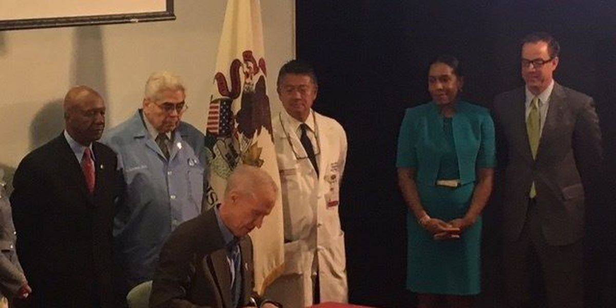 Gov. Rauner signs bill to expand organ donor registry