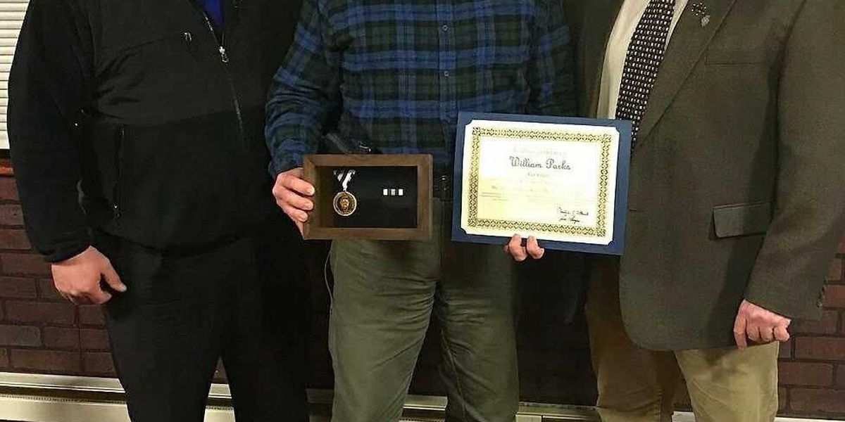 ISP trooper receives FOP Valor Award for incident involving armed suspect in Massac County