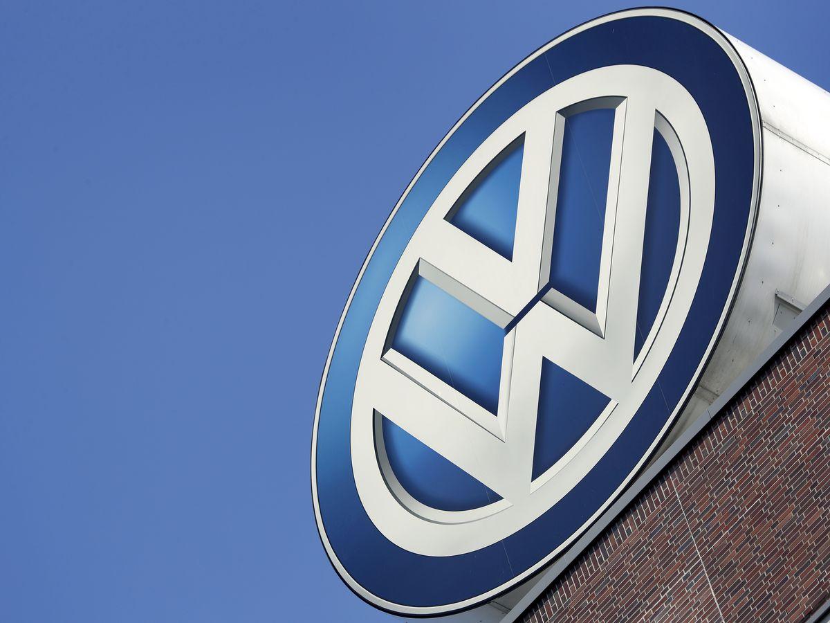 Volkswagen recalls 679K cars to fix potential rollaway problem