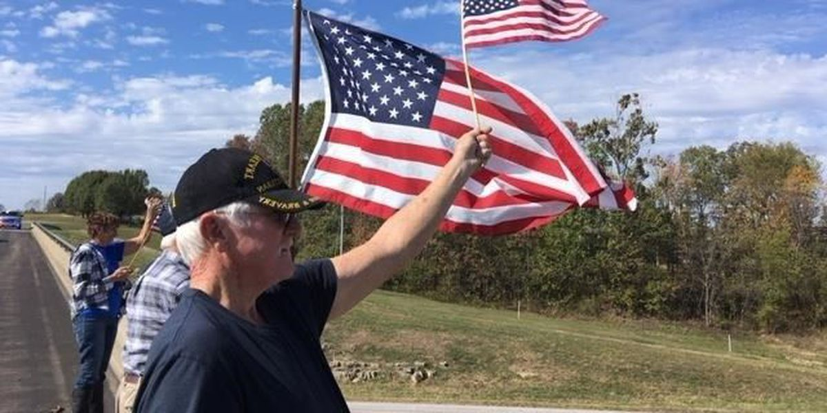 Veterans show support for the flag in Perryville, MO