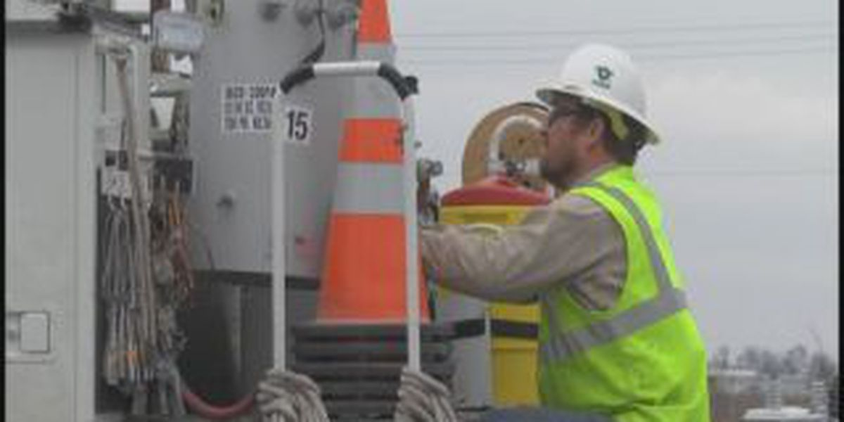 Electric crews prepare for weekend of winter weather