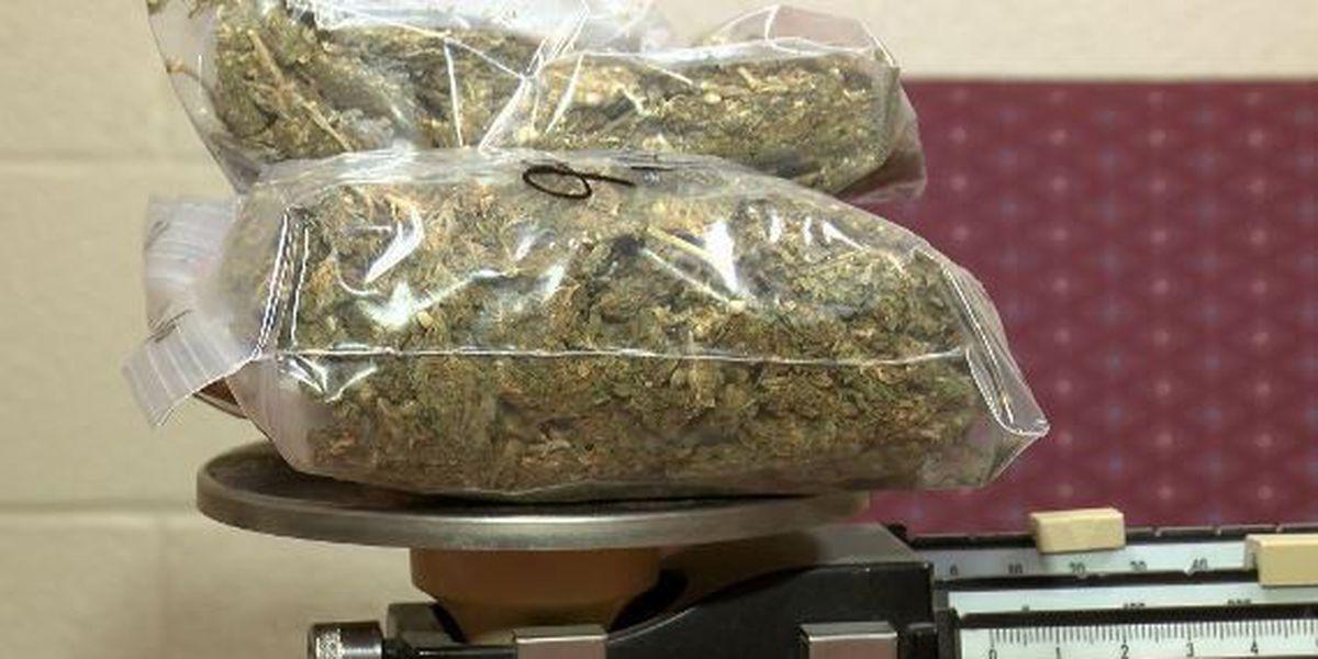 IL lawmakers push to legalize recreational marijuana