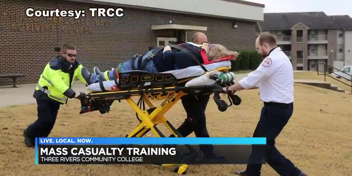 Mass casualty training at Tree Rivers Community College