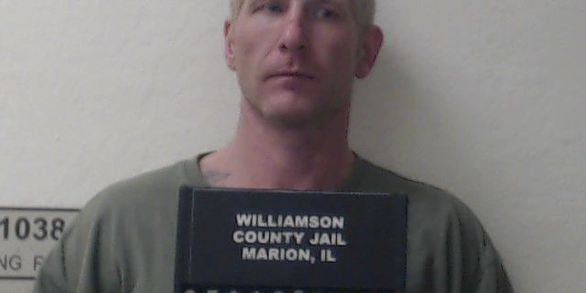 Driver arrested after RV chase, ramming police car in Williamson Co., IL