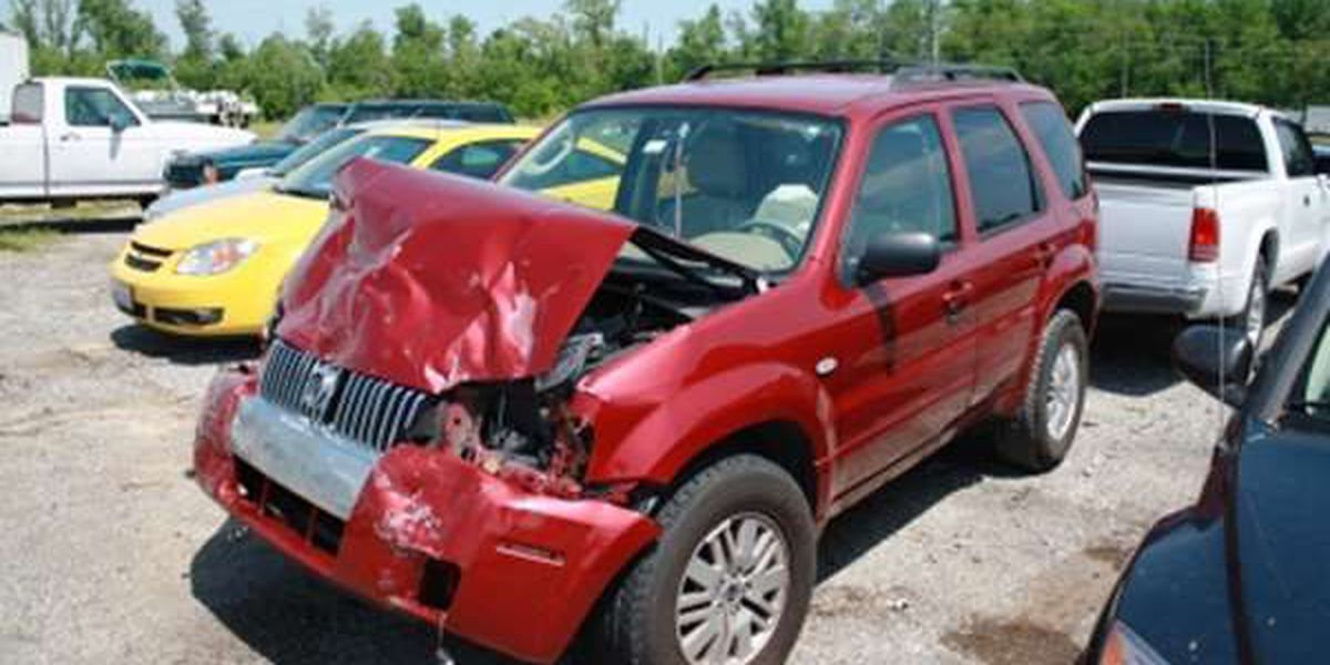 2 hurt in Williamson County crash