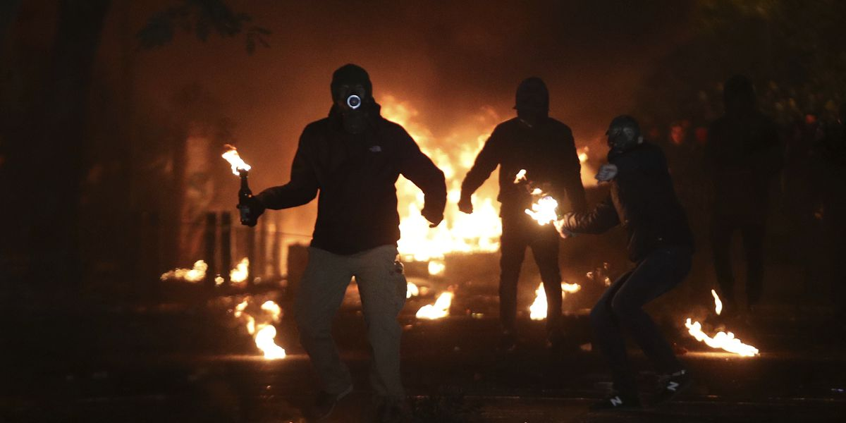 Greece: More than 100 people detained during rioting