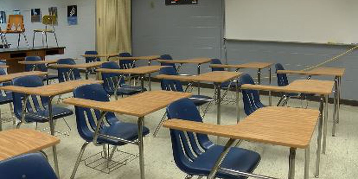 Southern Illinois school officials prepare for in-person instruction in the fall