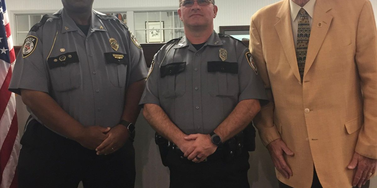 Former Bardwell police chief sworn in as Murray, KY officer