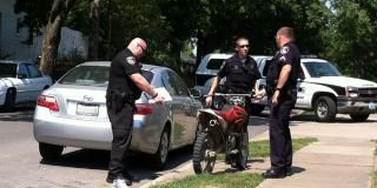 Cape Girardeau Police looking for bike suspect missing shoe