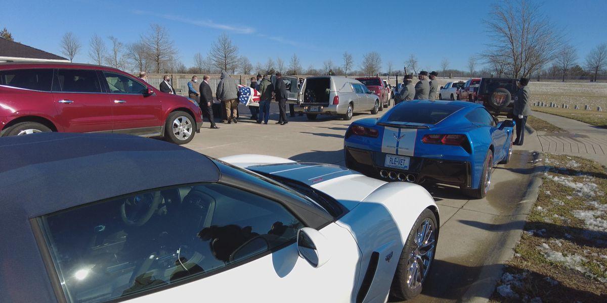 Corvettes lead funeral procession for Heartland veteran