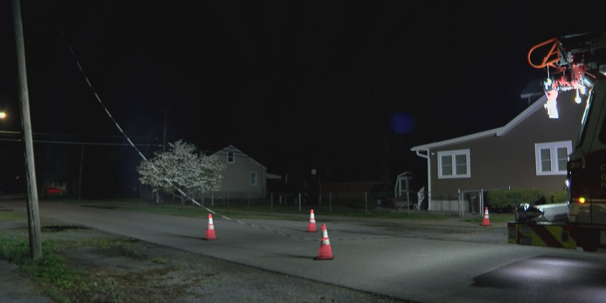 Downed power line blocks street in Cape Girardeau