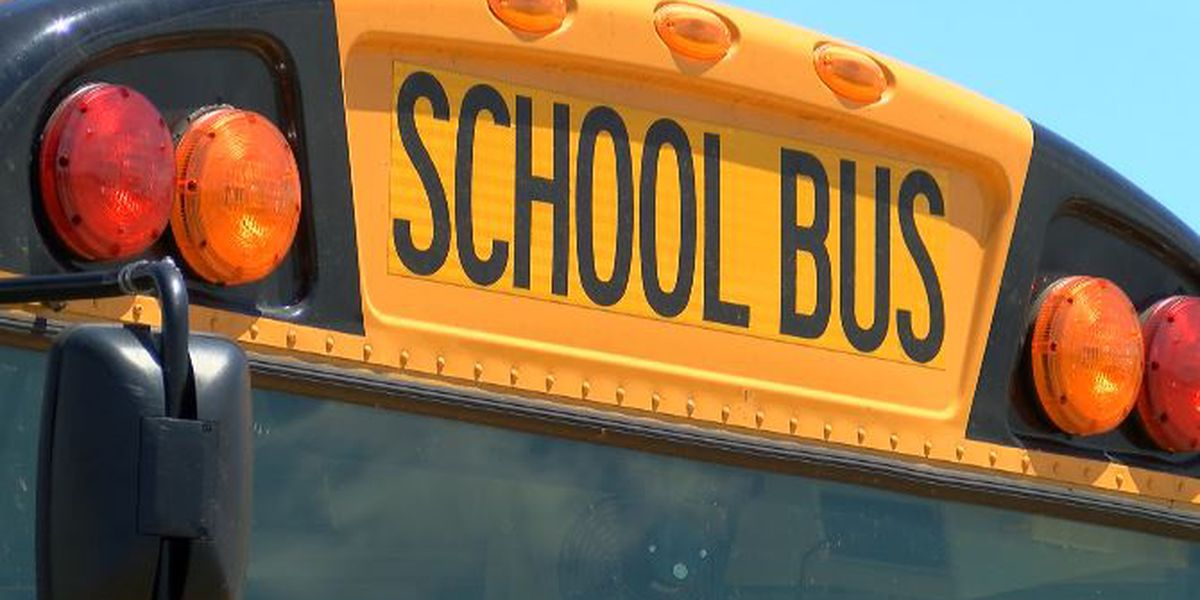 franklin elementary school bus involved in small collision in massac