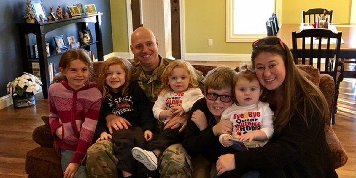 Cape Girardeau soldier surprises family for the holidays