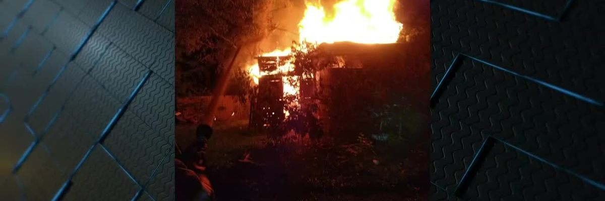 Crews battle late night fire in Portageville, Mo.