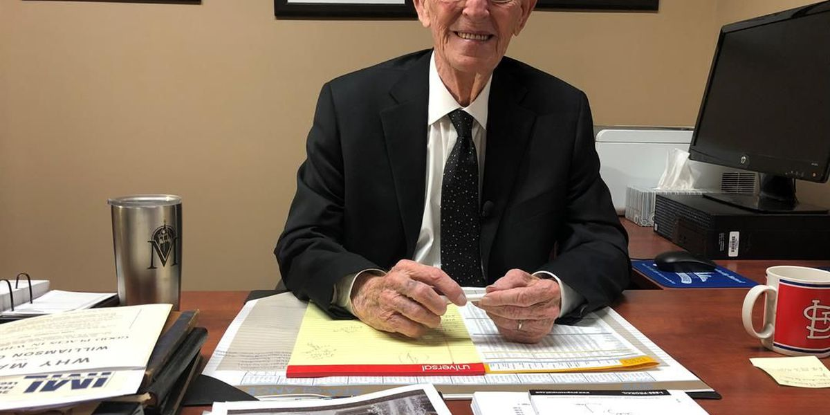 Marion, IL mayor retires after a historic 55 years