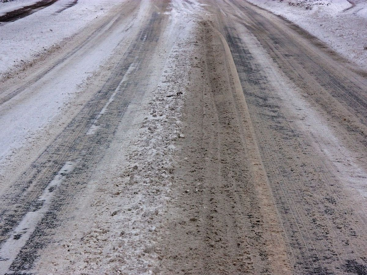 Iron County officials report icy conditions, traffic at stand still on Hwy 21