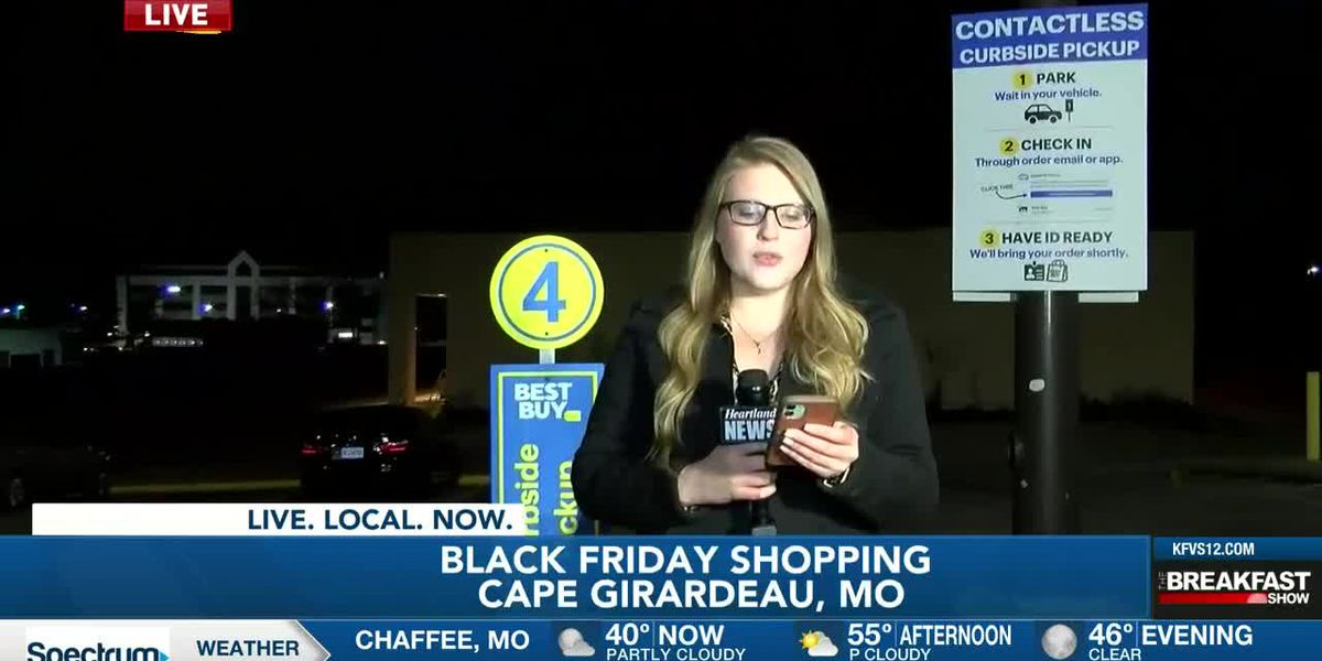 Store offering curbside pickup on Black Friday