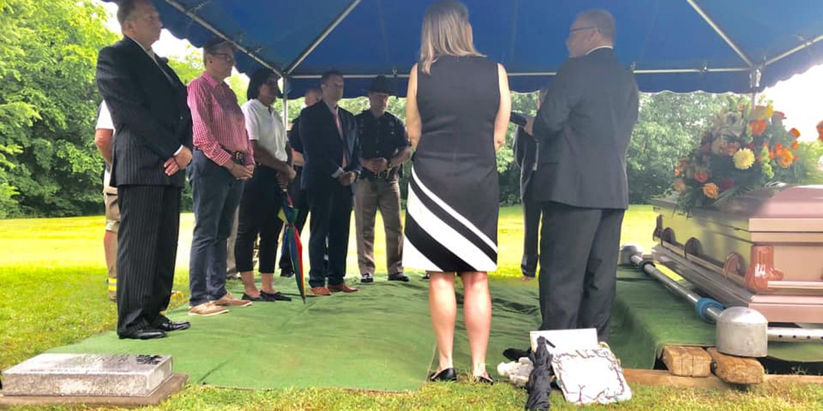 Unidentified man found dead in Ohio River laid to rest