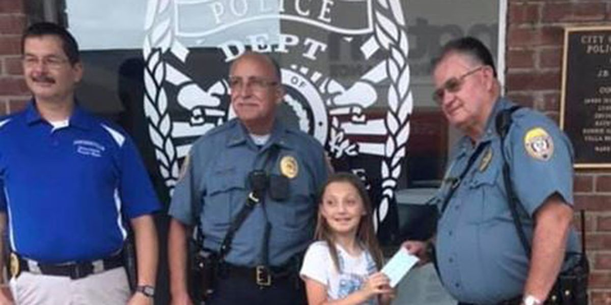 Portageville, Mo. girl's lemonade stand makes donation for charity