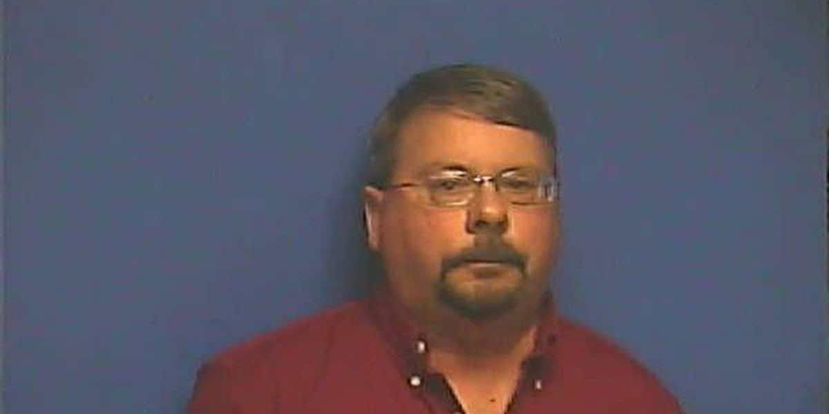 KY man accused of exposing himself to woman