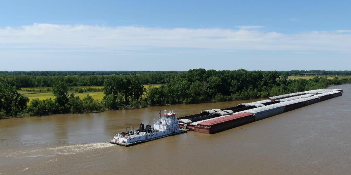 River traffic from Memphis bridge closure impacts the Heartland