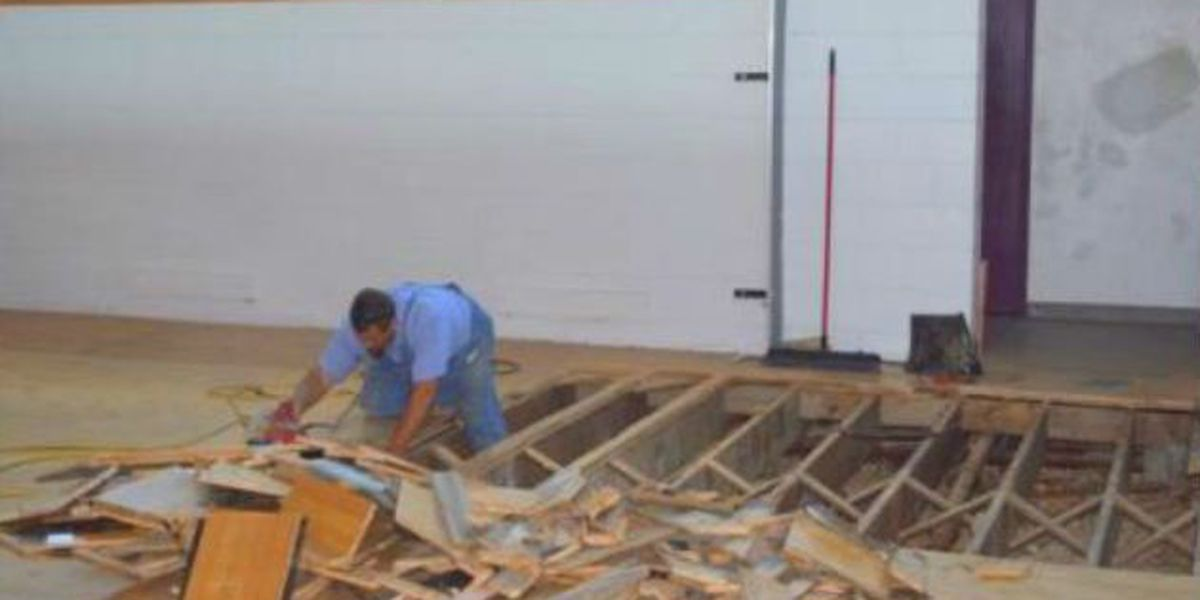 Cobden school district begins construction on gym renovation and roof replacement