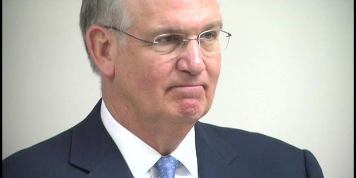 MO Gov. Nixon extends executive orders to help flooding cleanup efforts