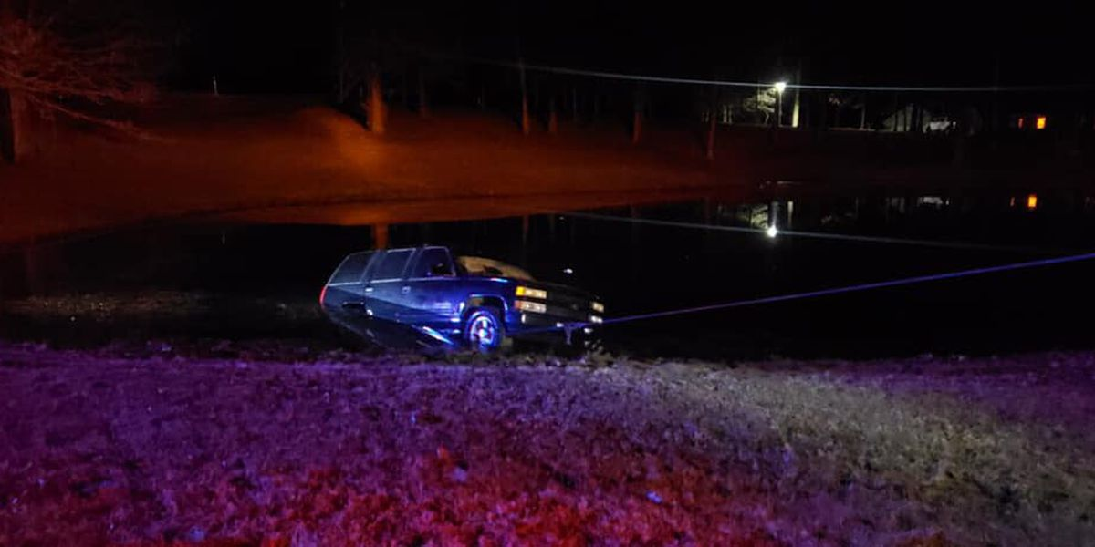 2-vehicle crash leaves one vehicle in pond