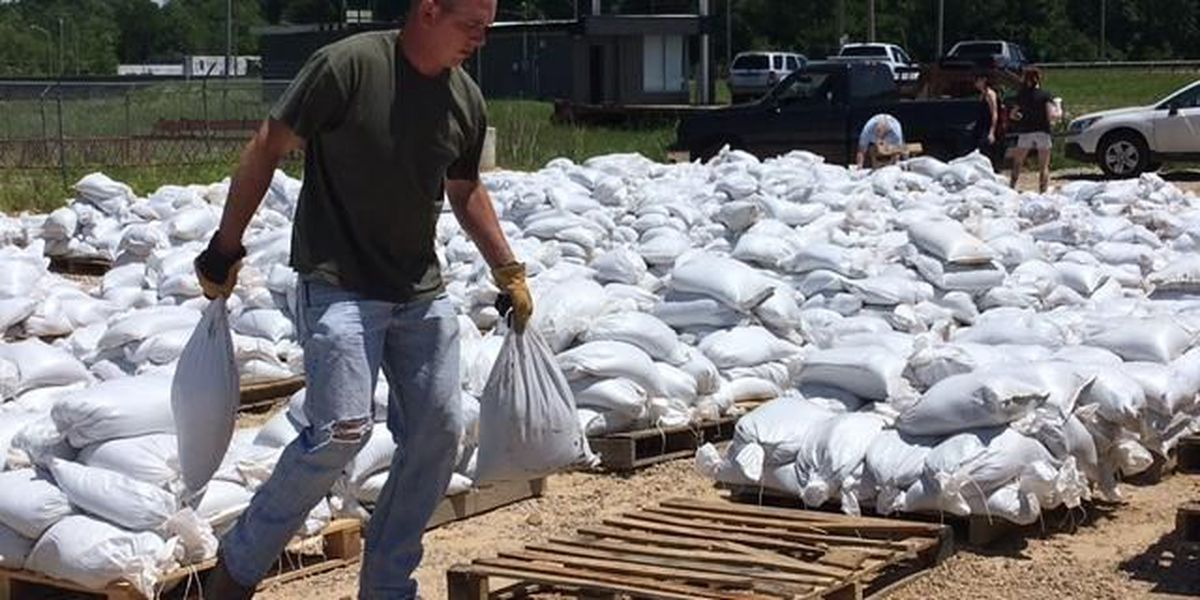 Butler County gives out free sandbags to residents