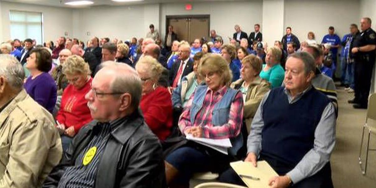 Hundreds attend Ameren rate hike meeting in Cape Girardeau