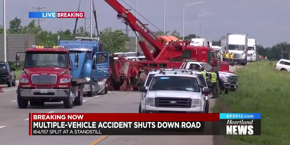 Multiple-vehicle crash shuts down I-64 and I-57