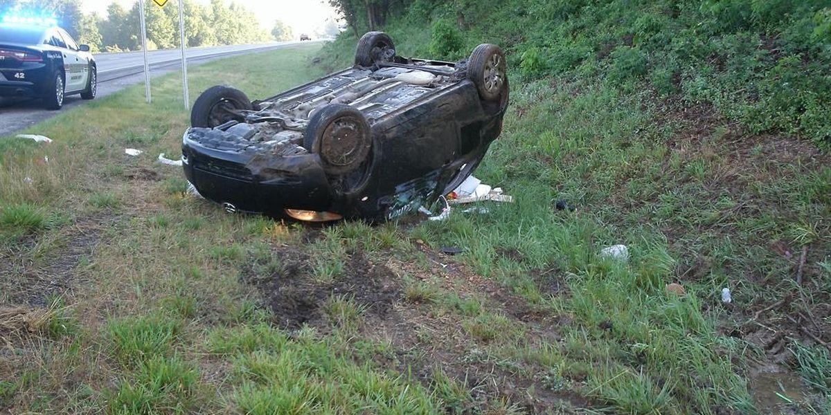 2 hurt in rollover crash in McCracken Co., KY