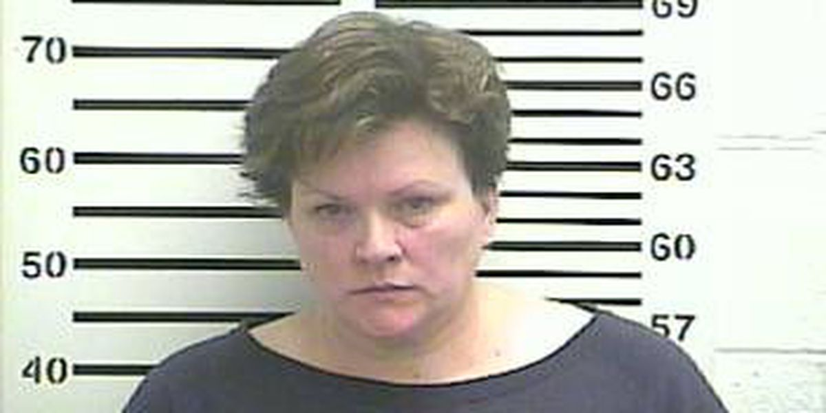 Woman accused of misusing Cape Girardeau health center funds