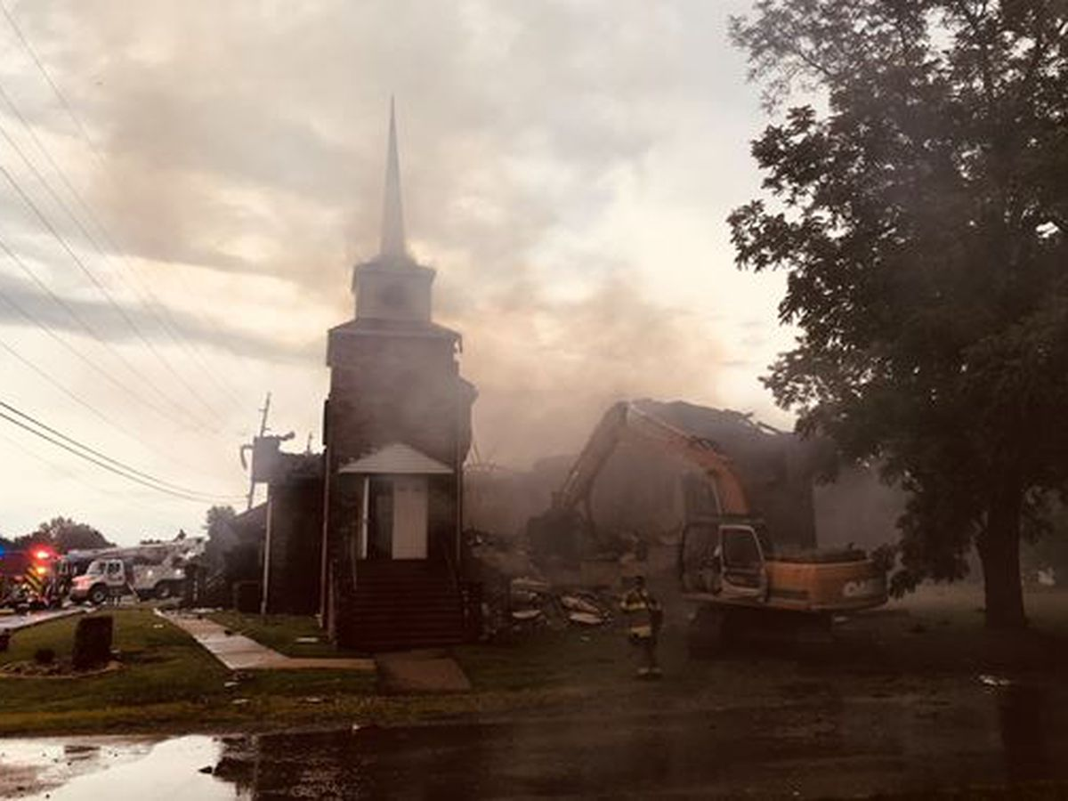 Crews fight church fire in Scott City, Mo. from possible lightning strike