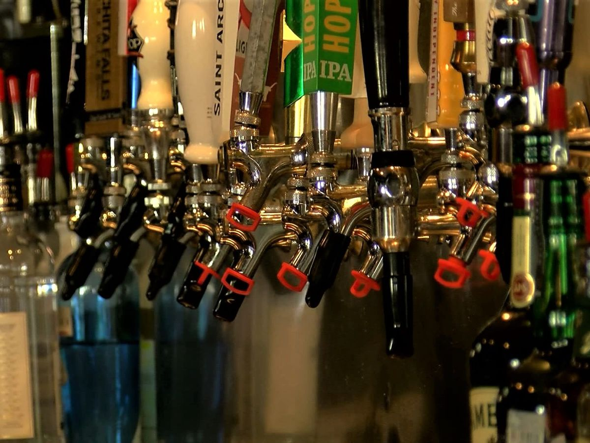 Kentucky Senate votes to make to-go alcohol sales permanent