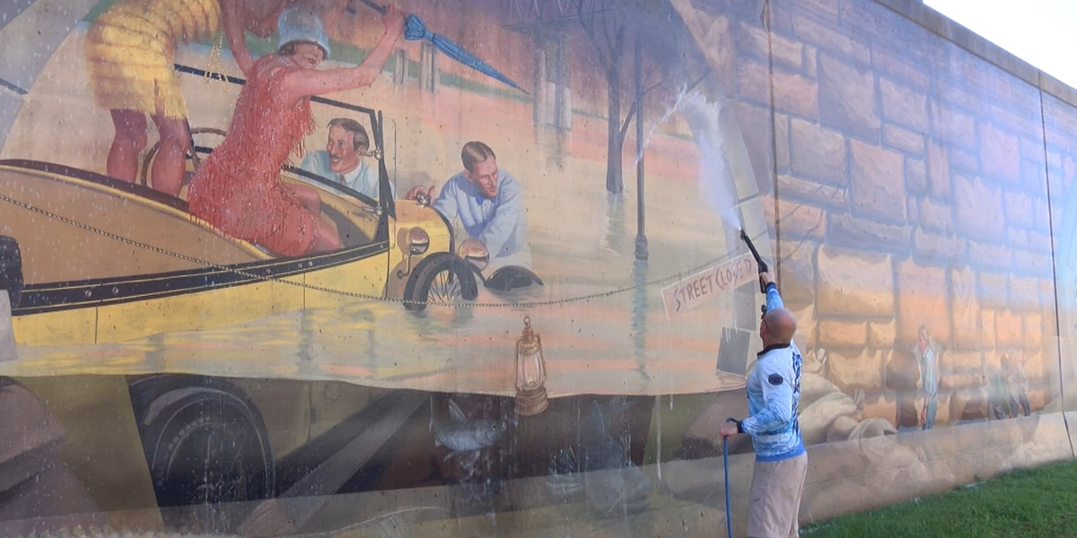Mississippi River Tales Murals get improvements