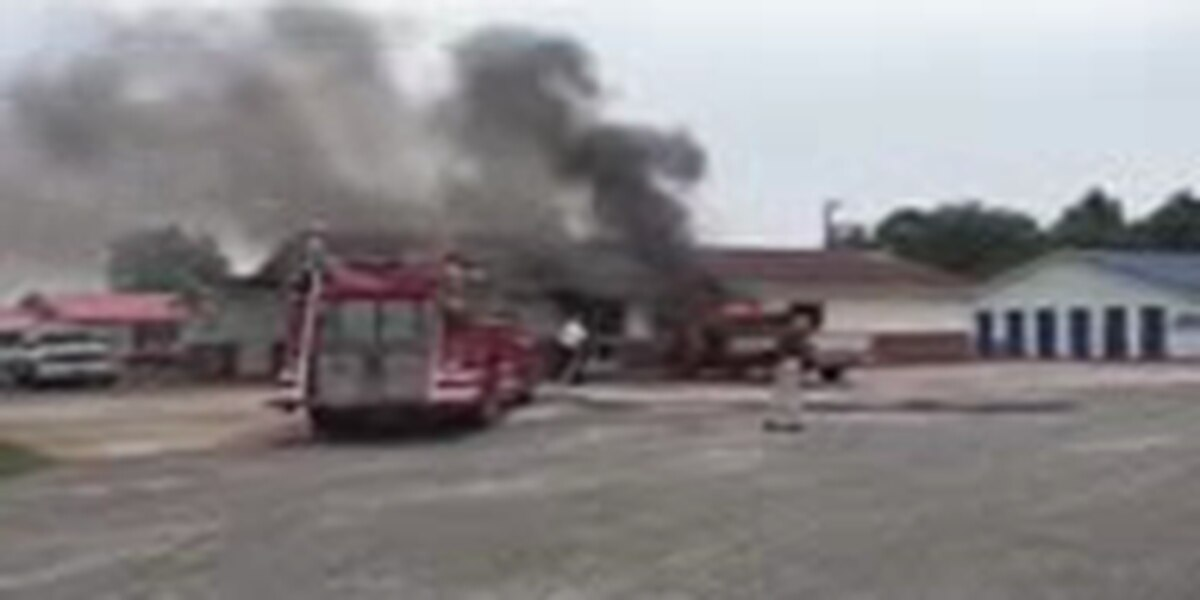 No one injured in Anna, IL pickup truck fire